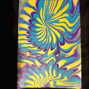 Trippy paint pour